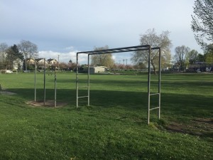 Vancouver Park Chin ups
